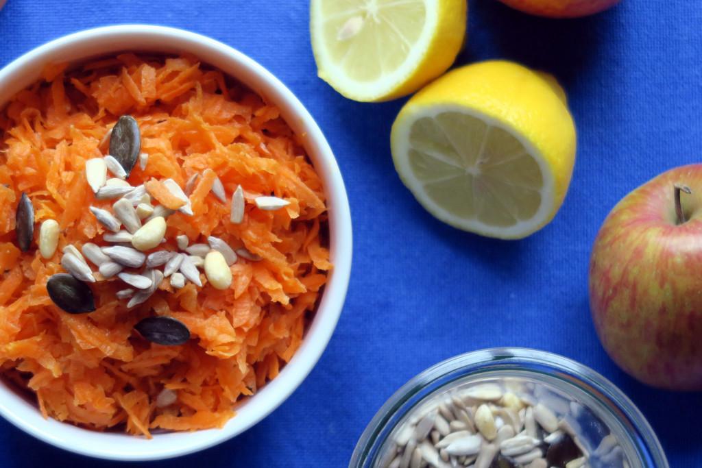 Blitzschnell zubereitet und mit ganz vielen Vitaminen, gehört der Möhrensalat zu meinen All-time-favorites.