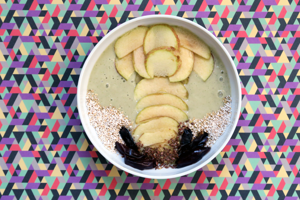 Banananaaaaas mit Minze zu einem Smoothie vermengt