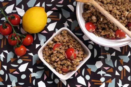 Linsensalat mit Sherry-Tomaten