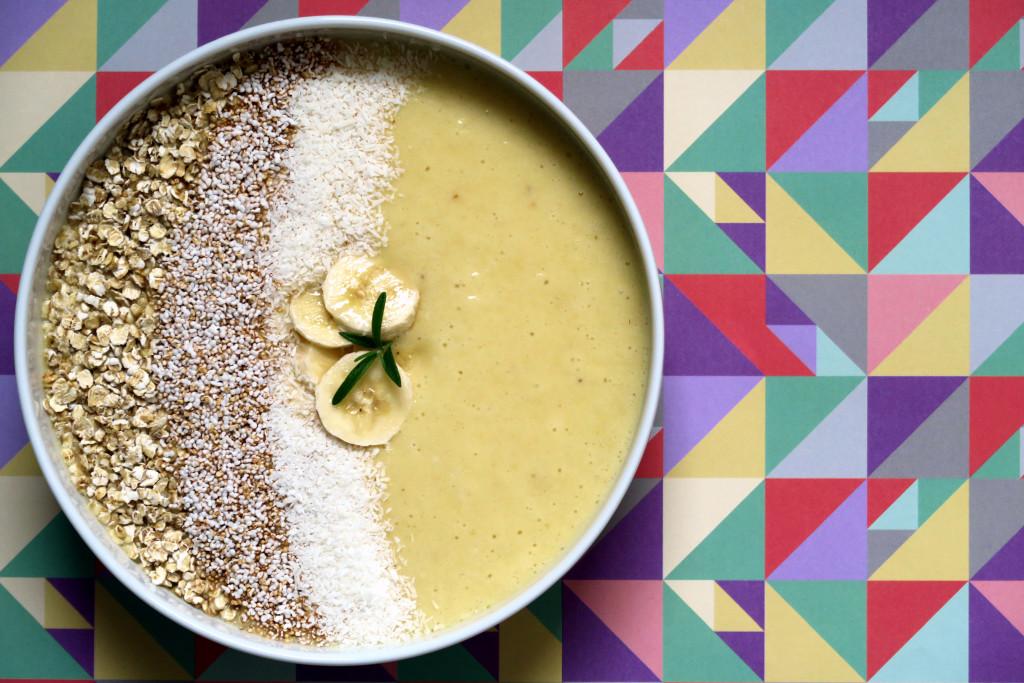 Der vitaminreiche Start in den Tag: Banane-Ananas-Smoothie