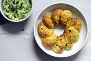 Lecker, Kartoffelpuffer mit Schnittlauch sind ein gesunder Snack für Zwischendurch. Yummy!