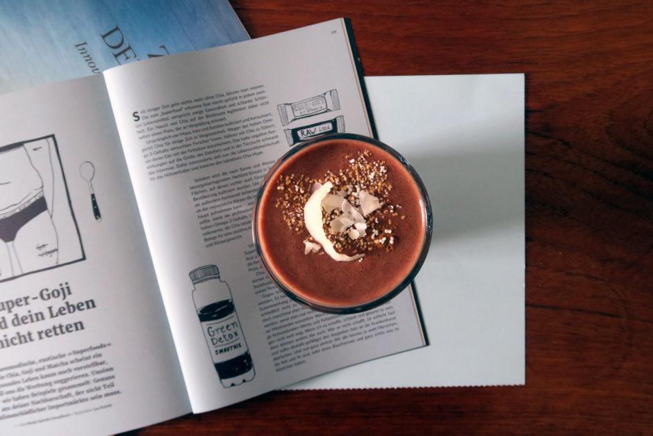 veganer und glutenfreier Kakao-Banane-Smoothie