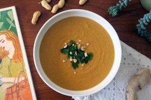 Hmmm... lecker ist sie, die vegane und glutenfreie Süßkartoffel-Erdnuss-Suppe von Katrin und Daniel.
