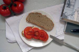 glutenfreies Buchweizen-Kichererbsen-Brot
